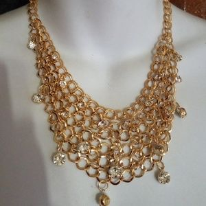 Jewelry - Beautiful fashion gold and stones necklace